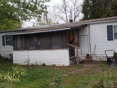 Leando IA Single Family Home For Sale: $40,000