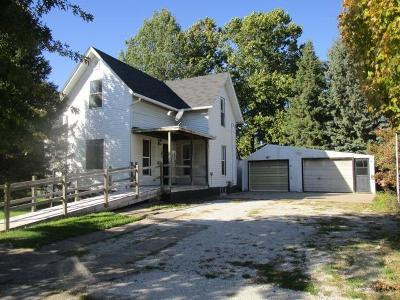 Brighton IA Single Family Home For Sale: $77,500