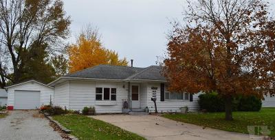 Wayne County Single Family Home For Sale: 410 W Maple Street