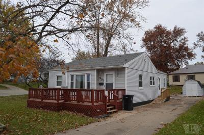 Wapello County Single Family Home For Sale: 903 E Pennsylvania