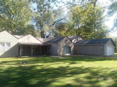 Wapello County Single Family Home For Sale: 714 Wildwood Dr