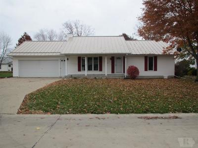 Mount Pleasant Single Family Home For Sale: 902 N Redbud Lane