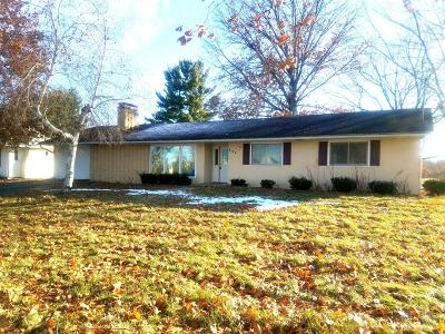 Wapello County Single Family Home For Sale: 202 E Rochester Road