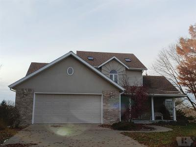 Centerville IA Single Family Home For Sale: $178,500