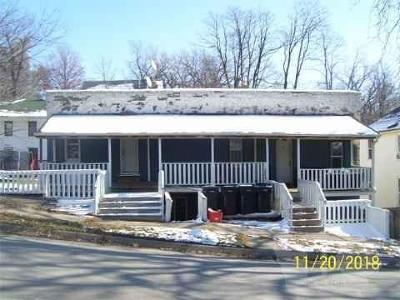 Ottumwa Multi Family Home For Sale: 524 N Wapello