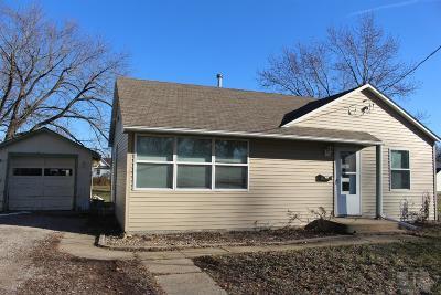 Davis County Single Family Home For Sale: 306 N Pine
