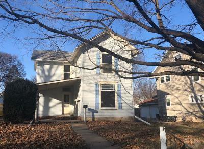 Washington Single Family Home For Sale: 515 S Iowa