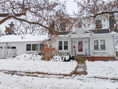 Fairfield Single Family Home For Sale: 110 Iowa Avenue