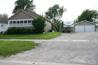 Centerville IA Single Family Home For Sale: $79,900
