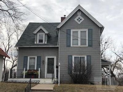 Ottumwa Single Family Home For Sale: 244 W Woodland Avenue