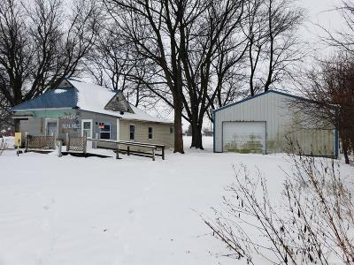 Exline IA Single Family Home For Sale: $12,995