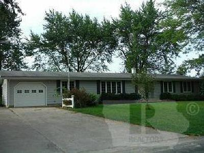 Moravia IA Single Family Home For Sale: $98,000