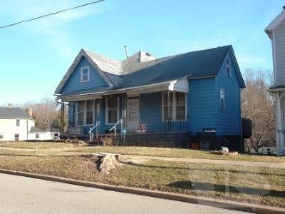 Wapello County Single Family Home For Sale: 314 N Benton