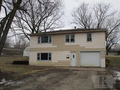 Fairfield IA Single Family Home For Sale: $107,900