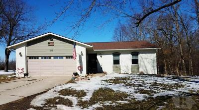 Ottumwa IA Single Family Home For Sale: $200,000