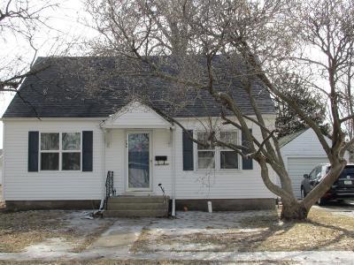 Mount Pleasant Single Family Home For Sale: 706 E Madison