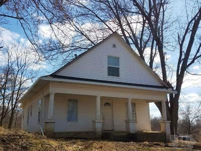 Wapello County Single Family Home For Sale: 302 N Graves