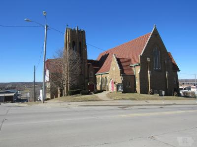 Wapello County Commercial For Sale: 430 E Second