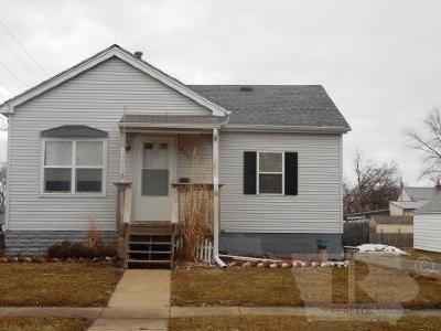 Wapello County Single Family Home For Sale: 825 Glenwood