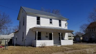 Jefferson County Single Family Home For Sale: 207 E Hempstead