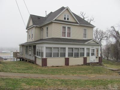 Wapello County Single Family Home For Sale: 620 W Fourth