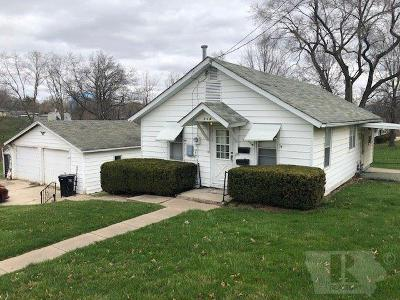 Wapello County Single Family Home For Sale: 104 Skyline Drive