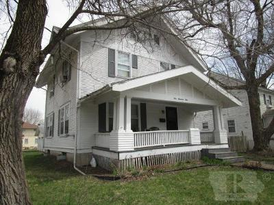 Fairfield IA Single Family Home For Sale: $107,700
