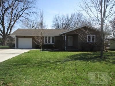Fairfield IA Single Family Home For Sale: $145,000