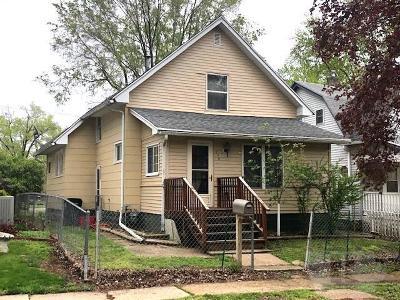 Ottumwa Single Family Home For Sale: 238 S Willard
