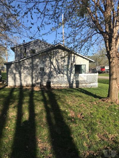 Wapello County Single Family Home For Sale: 976 Lillian