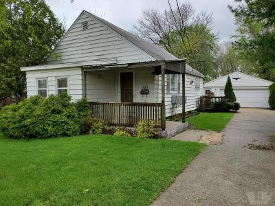 Wapello County Single Family Home For Sale: 1001 W.williams