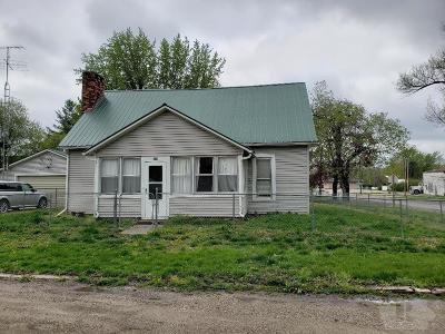 Van Buren County Single Family Home For Sale: 109 3rd Street