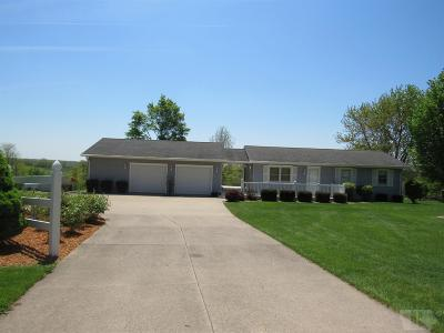Wapello County Single Family Home For Sale: 10406 Bladensburg Road