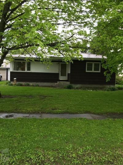 Keokuk County Single Family Home For Sale: 163 S Fourth Street