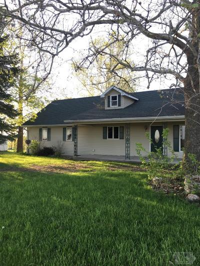 Keokuk County Single Family Home For Sale: 317 320th St (County Road V5g)