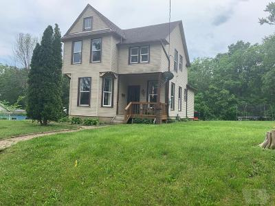 Wapello County Single Family Home For Sale: 124 E Woodland