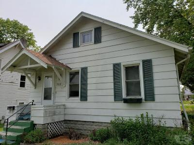 Single Family Home For Sale: 205 N Iowa Avenue