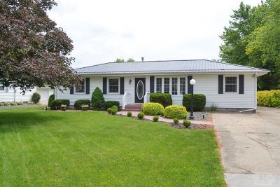 Wapello County Single Family Home For Sale: 328 Farrington Street