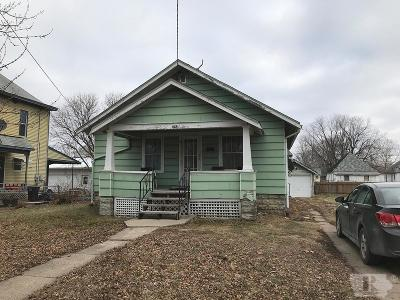 Ottumwa Single Family Home For Sale: 222 S Ransom