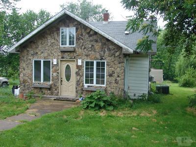 Lockridge IA Single Family Home For Sale: $30,000
