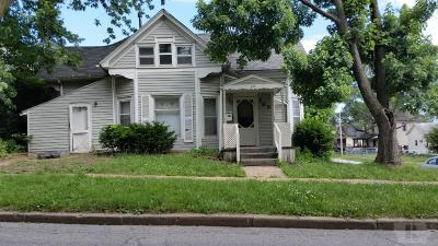 Ottumwa Single Family Home For Sale: 202 N Benton