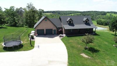 Wapello County Single Family Home For Sale: 7980 Monroe Wapello Road
