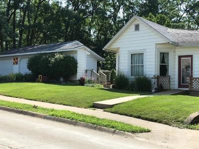 Wapello County Single Family Home For Sale: 330 N McLean