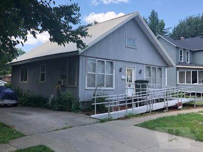 Single Family Home For Sale: 605 S A Street