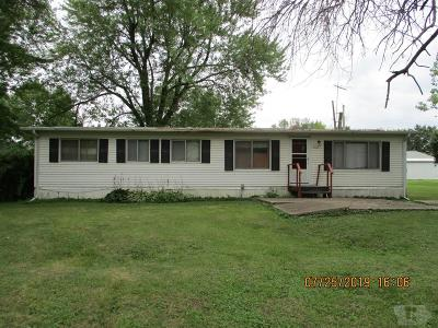 Appanoose County Single Family Home For Sale: 212 E 2nd
