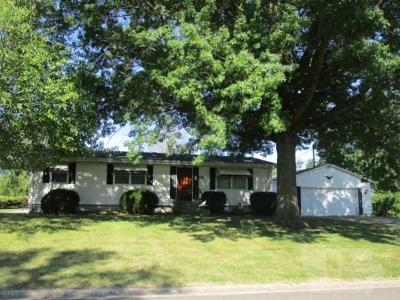 Jefferson County Single Family Home For Sale: 1404 S Maple Street