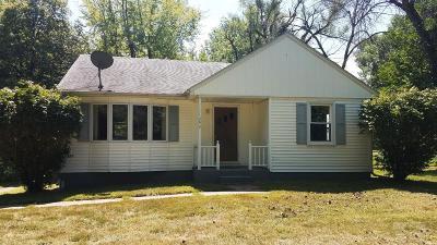 Ottumwa Single Family Home For Sale: 11292 Bladensburg Road