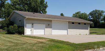 Centerville IA Single Family Home For Sale: $115,000