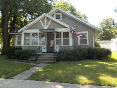 Ottumwa Single Family Home For Sale: 506 Burrhus