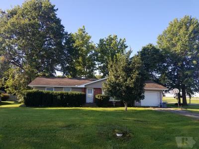 Moravia IA Single Family Home For Sale: $73,000